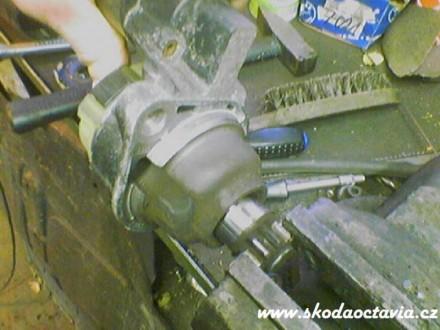 starter-skoda-octavia005.jpg